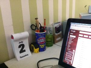 una esquinita de mi escritorio